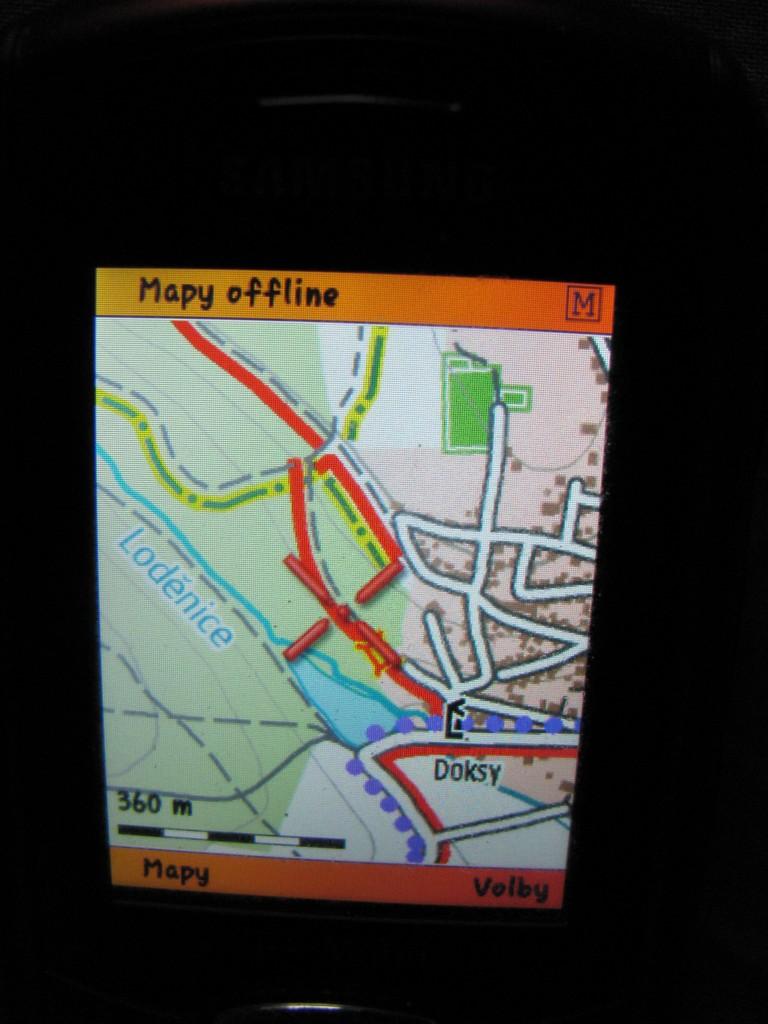 Mobilní telefon s rastrovou mapou SmartMaps